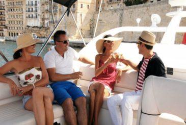 Luxury Sunseeker motor yacht charter around the Valletta Grand Harbour in Malta