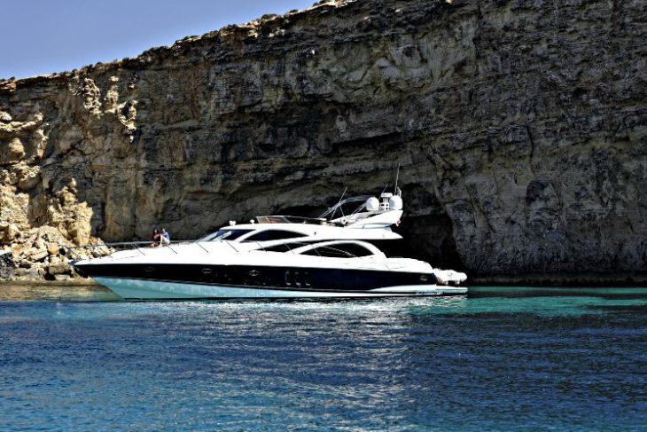 Sunseeker yacht in Comino